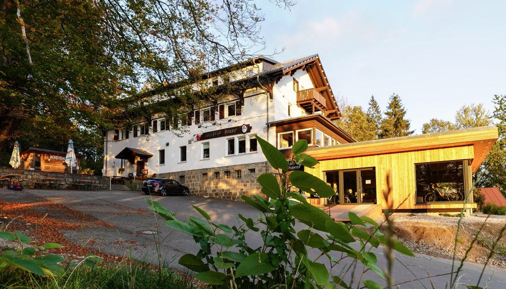 Bullhead House - Bike Center
